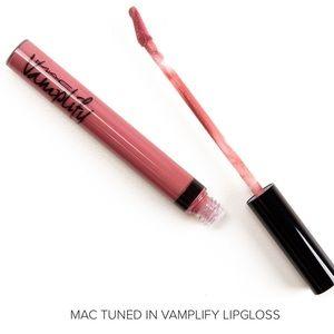 NWT MAC Cosmetics Vamplify Lipgloss Tuned In LE